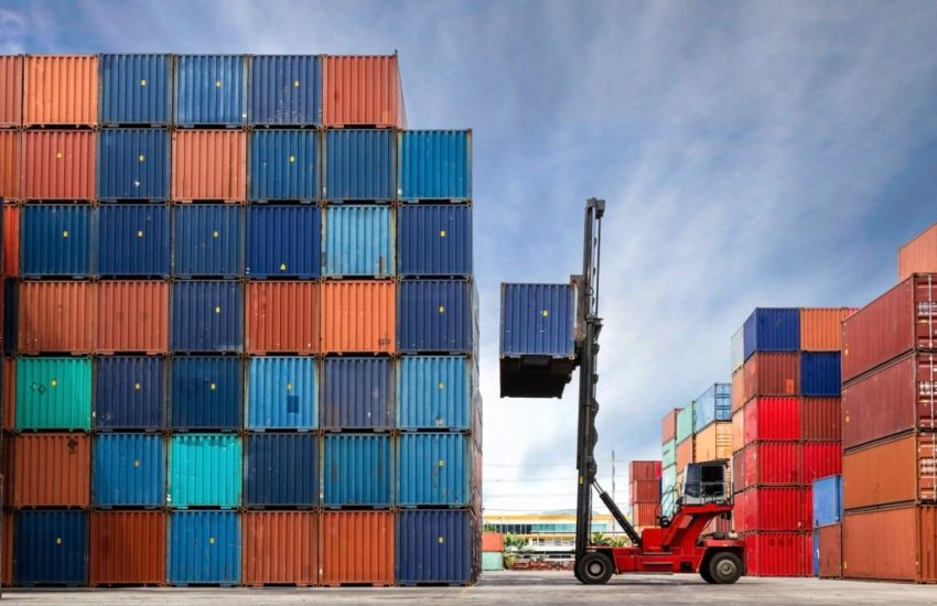 cost of transporting shipping containers