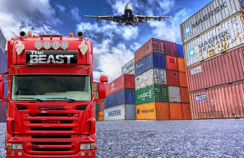 How freight consolidation saves your money and time